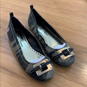 Juicy Couture 🥿 Camo Style Ballet Flats Size 5